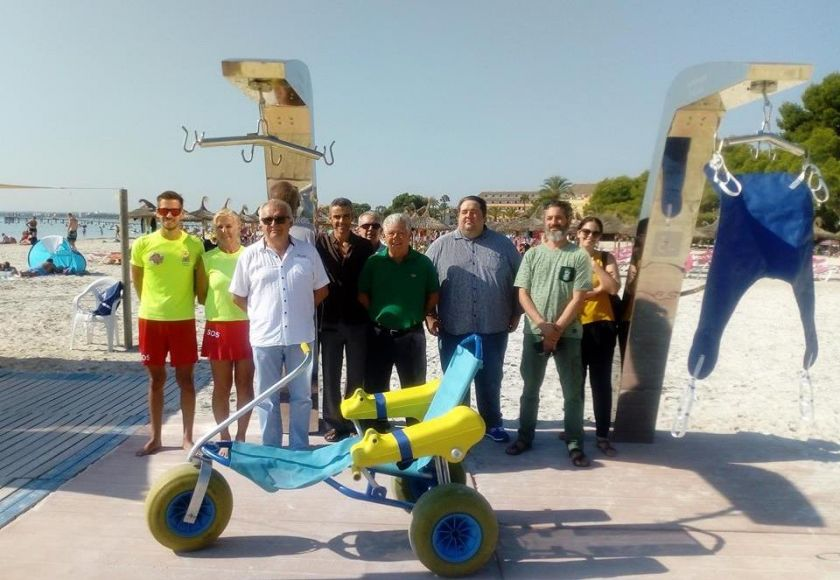 alcudia accessible beach equipment