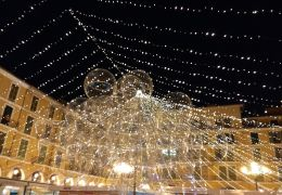 christmas lights in the plaza mayor, palma